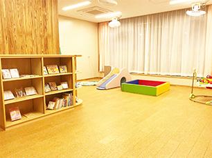 乳幼児室(子育て広場)